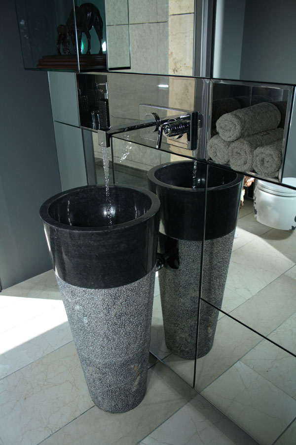 Free Standing Black Marble Pedestal Sink Bathroom 90 cm x 40 cm Cono Model